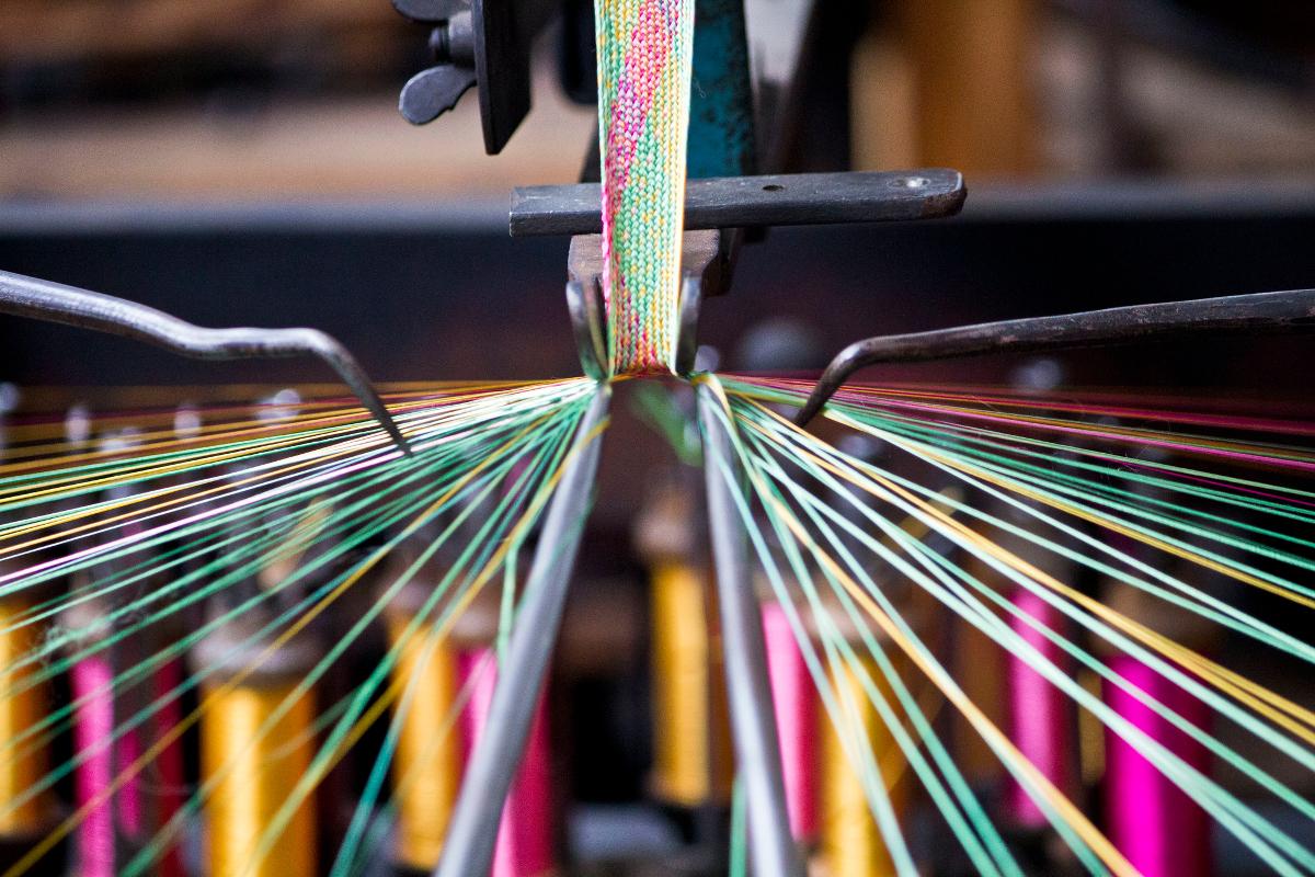 Détail de la fabrication d'une tresse