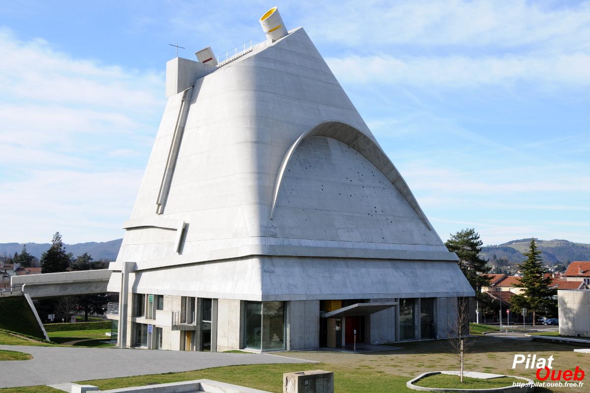 L'église Saint-Pierre (Mars 2008)